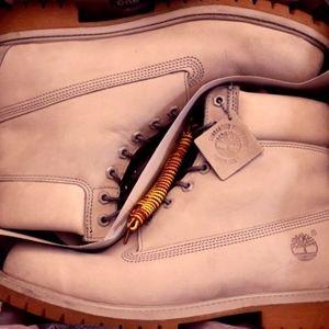 Gray Timberland 6 Inch premium boot 11.5